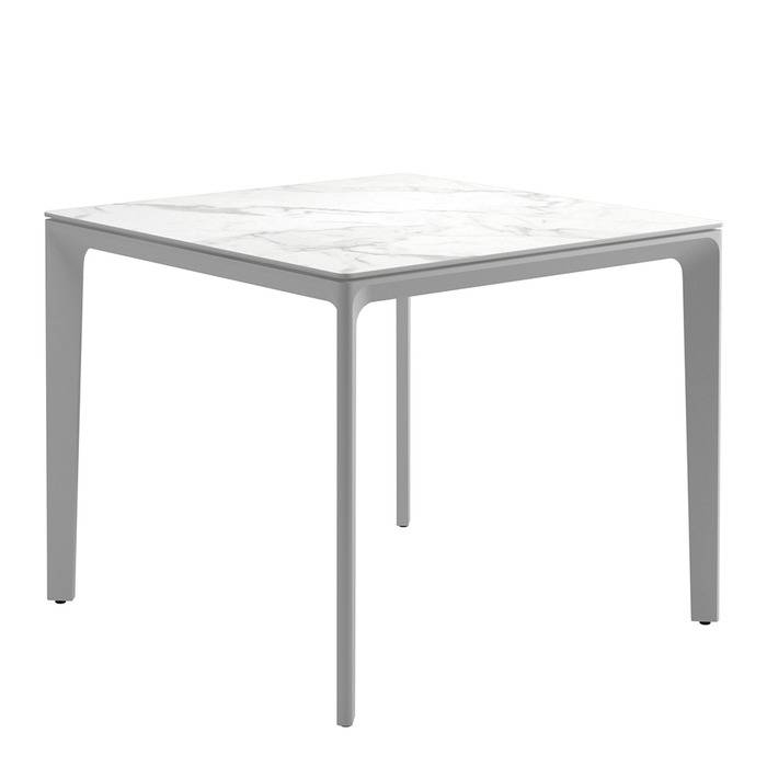 GLOSTER Carver Table Square