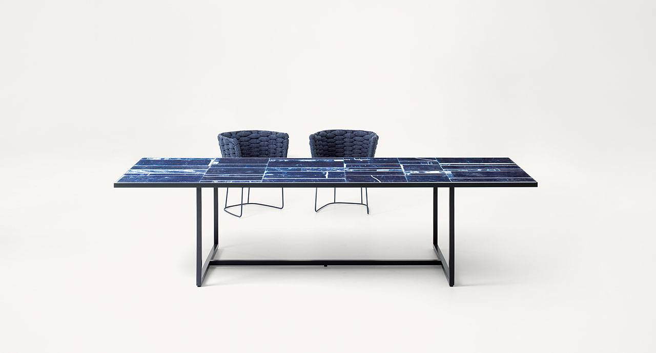 PAOLA LENTI Sciara Table